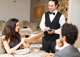 Tuyển dụng vị trí nhân viên phục vụ bàn